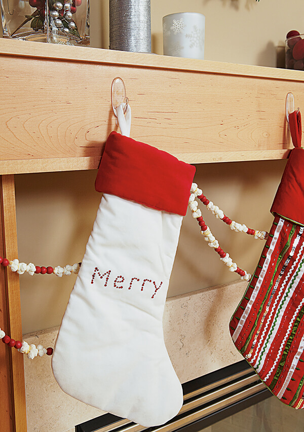 17092 CLR Christmas Mantel Stockings